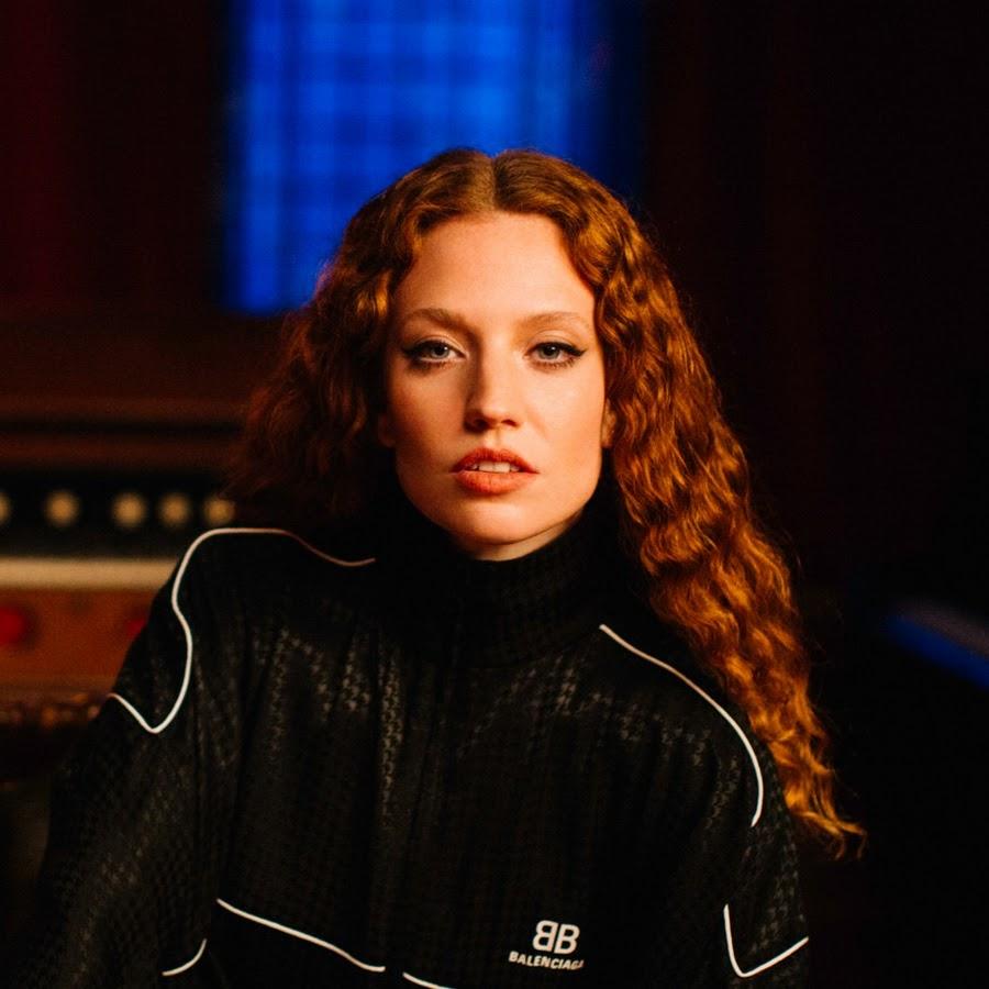 Jess Glynne, la pluripremiata che mette in musica anche le proprie insicurezze