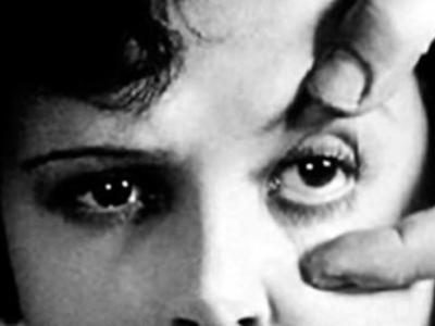 """Lo specchio di Venere: dall' """"Effetto Venere"""" all'Autoscatto d'effetto"""