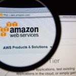 Parler: Amazon rifiuta di ospitare l'app di ultradestra nei propri server.