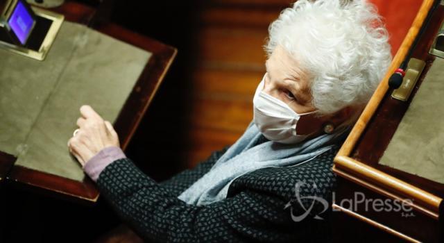 Milano, la senatrice a vita Liliana Segre si è vaccinata contro il Coronavirus