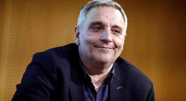 Maurizio De Giovanni è l'autore dei libri che hanno ispirato le ultime serie tv di successo in onda su Rai1