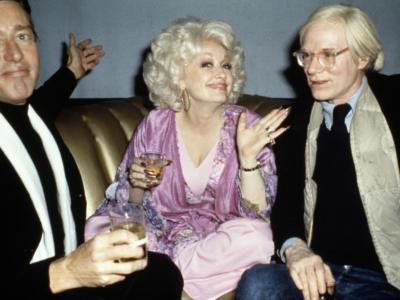 Roy Halston, un documentario e una serie tv per l'iconico stilista scomparso nel 1990