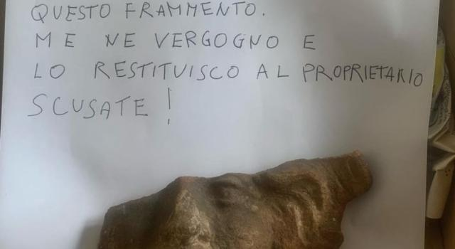 Pompei, turista restituisce cimelio rubato dopo 50 anni