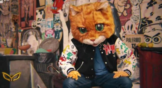 """Il Gatto a """"Il Cantante Mascherato"""": Chi è? Tutte le ipotesi in vista della semifinale"""
