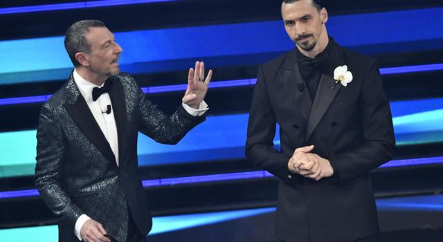 Sanremo 2021, Ibrahimovic raggiunge l'Ariston in maniera rocambolesca. Un incidente rallenta la punta del Milan
