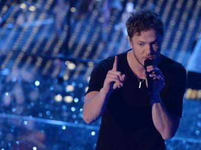 """Gli Imagine Dragons ripartono da """"Follow You"""", il singolo che ricongiunge Dan Reynolds alla ex moglie"""