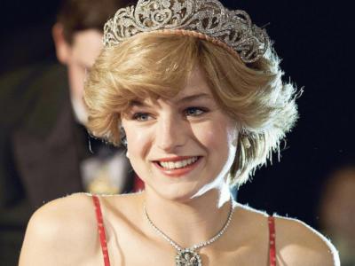 LA FABBRICA DEI SOGNI di Chiara Sani EMMA CORRIN, la Lady Diana di 'The Crown', vince il GOLDEN GLOBE!