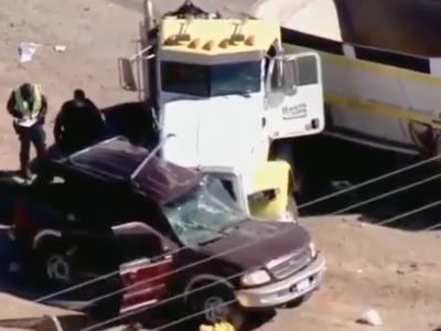 Strage di immigrati, 15 morti in un incidente stradale: erano in 27 a bordo di un SUV