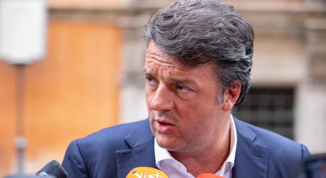 """Matteo Renzi, minaccia in Senato per il leader di """"Italia Viva"""": recapitata una busta con due proiettili"""