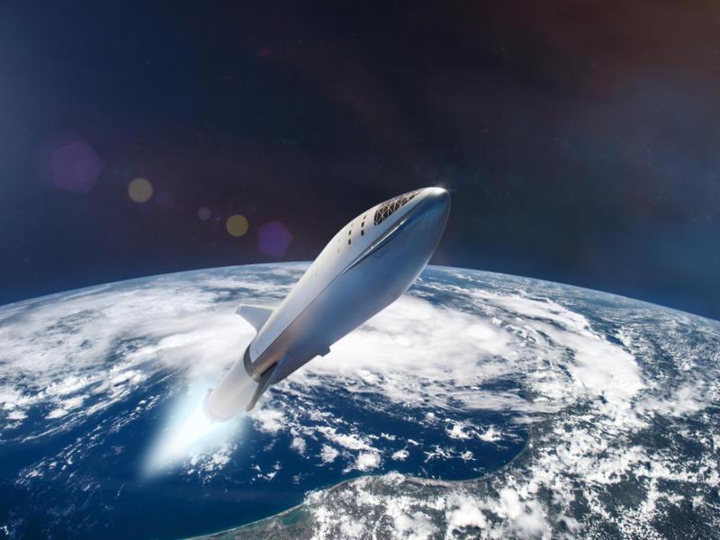 SpaceX, prima missione con solo civili: il razzo è in orbita