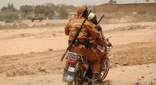 Burkina Faso: tre giornalisti europei giustiziati da gruppo Jnim