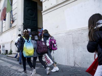 Scuola, oggi di nuovo in aula 6,6 milioni di studenti in tutta Italia