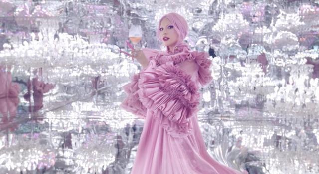 Lady Gaga è il nuovo volto del brand francese di champagne Dom Pérignon