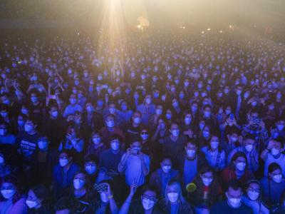 Spagna, concerto-esperimento di Barcellona con 5mila persone: nessun contagio