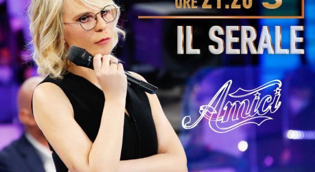 LIVE AMICI 2021 SERALE in DIRETTA: la seconda puntata di SABATO 10 APRILE. Enula lascia definitivamente il programma tra lacrime e abbracci