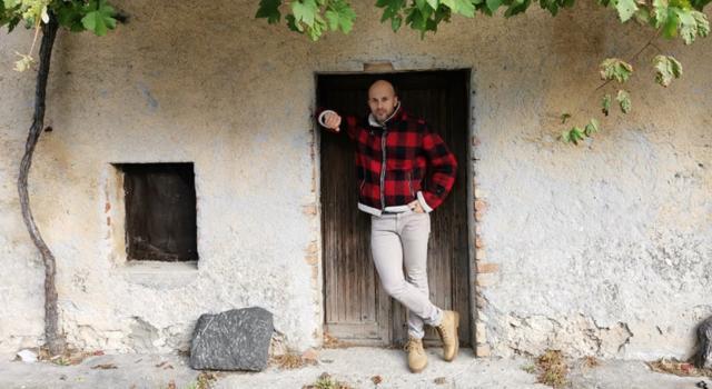 """Matteo Farge, il cantautore che profuma di sud. Fuori """"Limoni"""", singolo registrato in presa diretta"""
