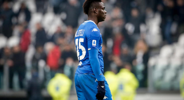 Brescia, picchiava la compagna perché credeva avesse una relazione con Balotelli