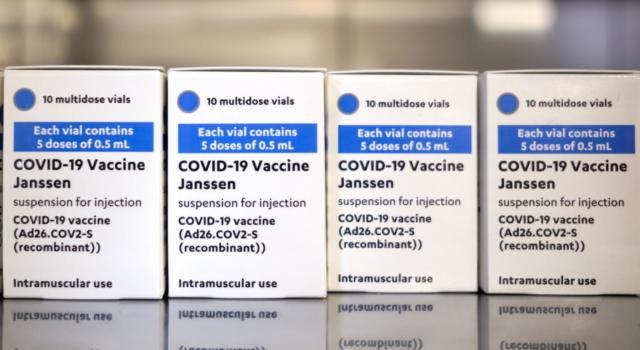 Vaccini anti Covid: gli USA propongono la revoca dei brevetti alle case farmaceutiche
