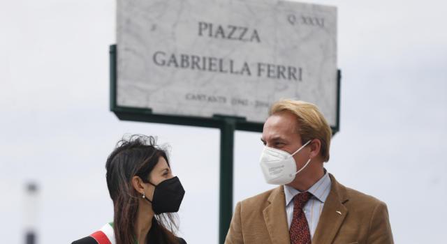 """Gabriella Ferri, Roma la omaggia con una piazza a suo nome. Il figlio Seva Borzak ringrazia la sindaca Virginia Raggi e annuncia: """"Diventerà luogo di incontro, di eventi e di festa"""""""