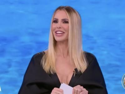 """LIVE """"L'Isola dei Famosi 2021"""", puntata del 14 maggio: Emanuela è l'eliminata di questa sera. Isolde diventa la prima Super Leader. Andrea, Ignazio e Roberto in nomination"""
