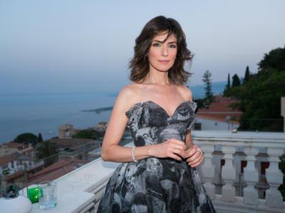 """Anna Valle torna su Rai 1 con """"La Compagnia del Cigno"""". Ecco chi è l'attrice che interpreta Irene Valeri"""