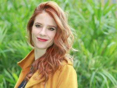 """Anna Dalton torna su Rai 1 con """"Un passo dal cielo"""". Ecco chi è l'attrice e Elda, il personaggio interpretato"""