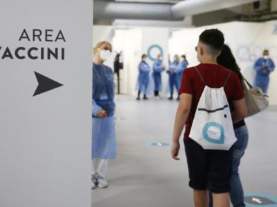 Green Pass, in arrivo il dossier del Cts: sarà rilasciato solo dopo due dosi di vaccino