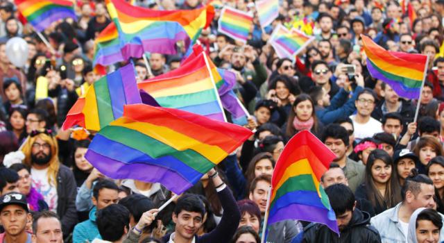 """Cile, per il Presidente Pinera """"è arrivato il momento"""" di approvare il matrimonio egualitaria"""