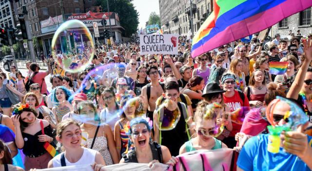 Pride Month 2021, si torna a sfilare in città: date e i luoghi di tutti gli eventi del Pride in Italia