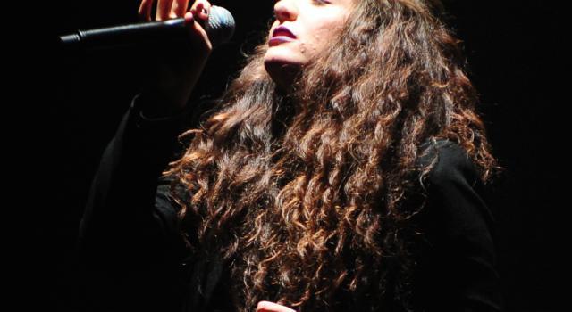 """Lorde è pronta al suo ritorno in scena con """"Solar Power"""""""