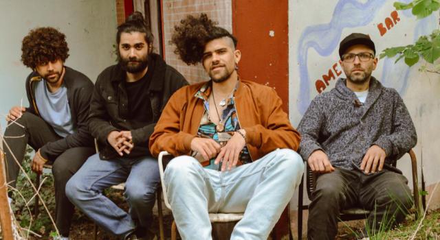 """I Mangroovia, la band salentino-bolognese dalla consistenza internazionale alla ricerca del surreale. Fuori """"Gravità Zero"""", il singolo della svolta"""