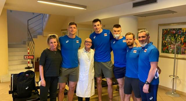 Pallavolisti russi, visita a Forlì dal Prof. Giuseppe Porcellini prima di incontrare l'Italia e di volare alle Olimpiadi