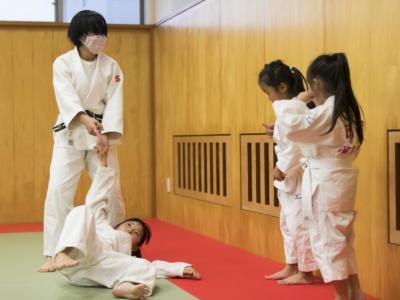 Muore bimbo scaraventato a terra per 27 volte durante una lezione di judo
