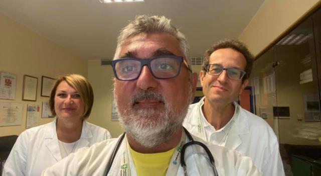 Morto suicida Giuseppe De Donno, il medico che aveva introdotto per primo la cura del Covid con il plasma iperimmune