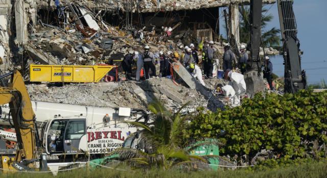 Miami: sospese ricerche dei dispersi per demolire i resti delle Towers