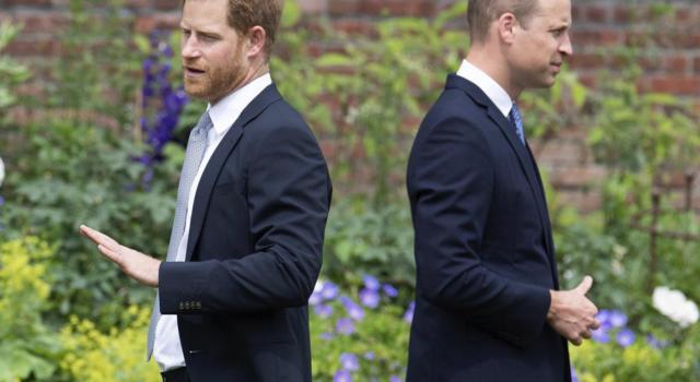 La famiglia reale nella bufera a causa del tweet del Principe William che condanna il razzismo. Ecco il motivo