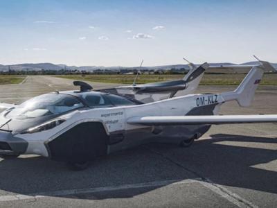 Slovacchia, ecco la nuova macchina volante: primo storico viaggio del prototipo