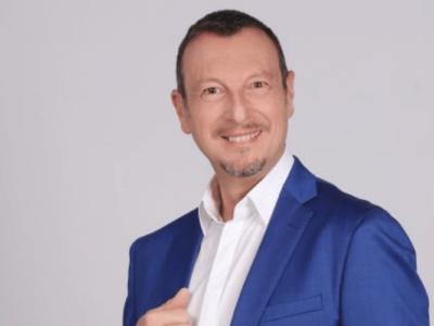 """Amadeus debutta all'arena di Verona con lo show-evento """"ARENA '60 '70 '80"""": Tutte le Info"""