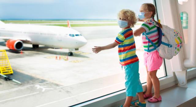 Coronavirus, niente tampone o quarantena per i bambini in viaggio