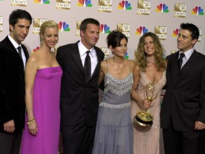 Friends The Reunion, è nato l'amore tra Jennifer Aniston e David Schwimmer? La risposta è arrivata direttamente da Elle UK