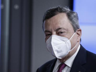 """Emergenza Covid, Draghi non ha dubbi: """"Obbligo vaccinale appena possibile e terza dose entro settembre"""""""