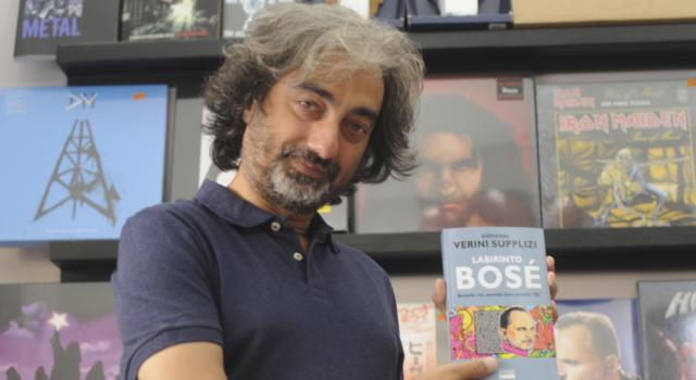 """Giovanni Verini Supplizi e il suo """"Labirinto Bosè"""": fuori il libro su Miguel Bosè"""